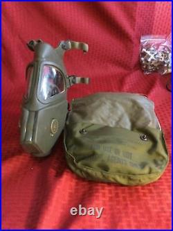 1968 Vietnam -Rare Gas Mask Riot Control XM28E4 Grasshopper Masks NOS