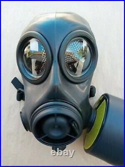 AVON FM12 CBRN/NBC Gas Mask withDrink Tube 2X 40MM NATO Filter Ports Size Medium