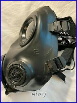 AVON FM12 gas mask, respirator, size 2 (medium) with filter