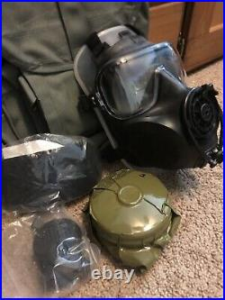 AVON FM53 M53 Gas Mask MED Right Hand With Filter