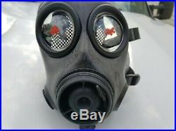 Avon FM12 Respirator Gas Mask Rare Size 1 including plastic bag and manual 70046