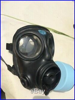 British Military S10 Gas Mask / Respirator Never used Medium size 2
