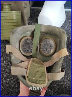 Dutch Ww2 World War 2 Model G Gas Mask Respirator Great Condition! 1939 Model
