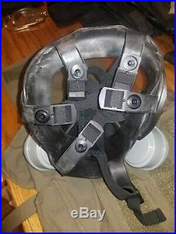 MSA Advantage 1000 Gas Mask withBag Carrying Case, and Voice Amp! Free Shipping