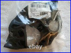 New U. S. Military Surplus Large M40A1 Gas Mask Full Face Respirator New Cannister