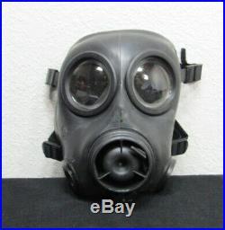 Quantity of 1 Avon CBRN-FM12 Respirator Gas Mask Size 2 CBRN FM12