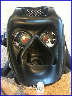 Rare Avon FM12 Respirator Gas Mask Size 1 (large) with Genuine Canvas Carrier