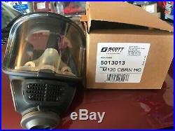 Scott M120 CBRN 40mm NATO NBC Gas Mask, Size Medium/Large #013013 NEW