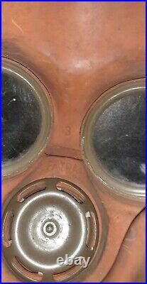 WW2 Czech Fatra Gasmask Respirator with Filter and hose